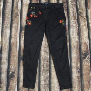 Zara Black Mid Rise Floral Embroidered Jeans